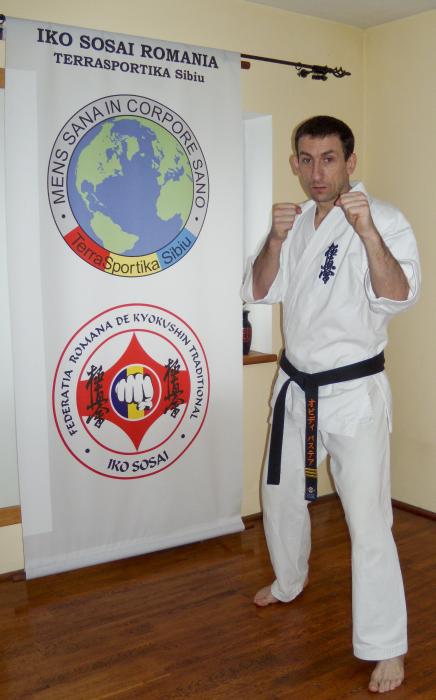 Sensei-karate-kyokushinkai-Ovidiu-Bastea